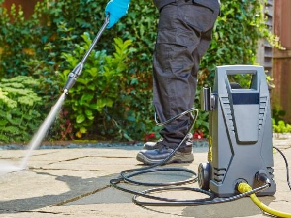 Concrete Cleaning & Stain Removal Tips