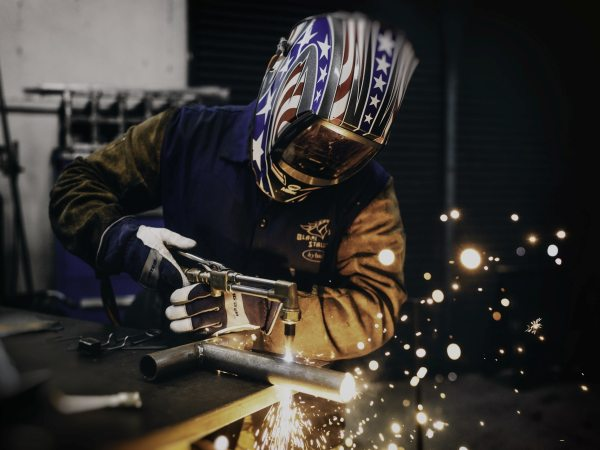 What are the common Metal Fabrication Processes & Applications?